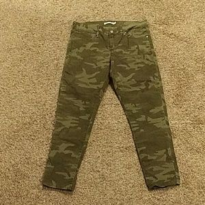 Levi's camouflage jeans